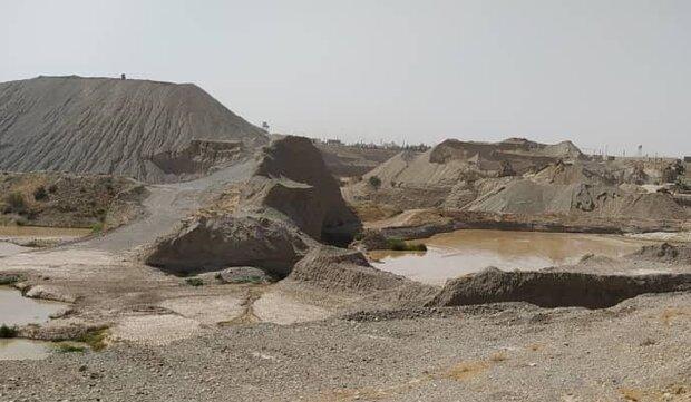تخلیه پساب های صنعتی در بیابانهای سرخه